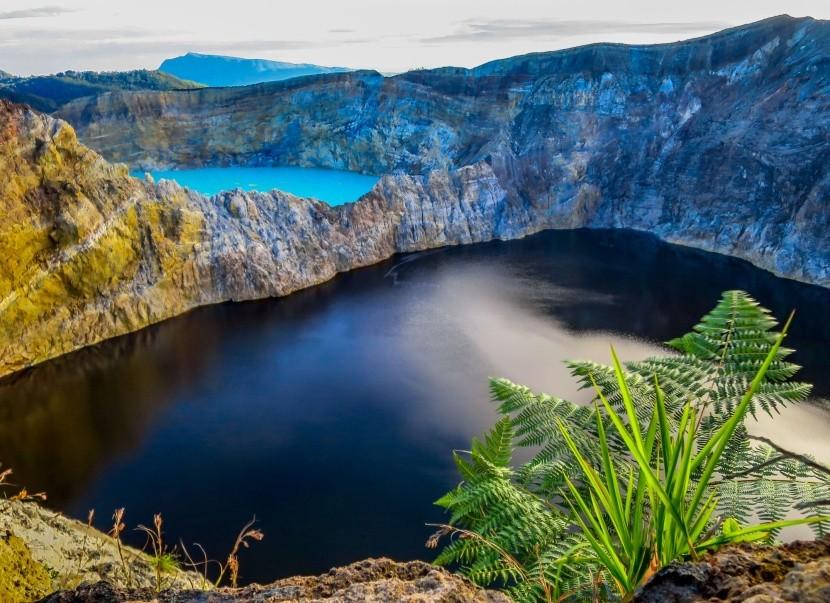 Kráterové jazerá Kelimutu, Indonézia