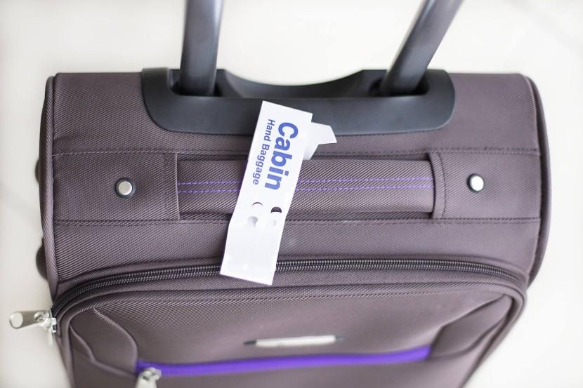 7374fcfc0c122 Výrobcovia rešpektujú rozmerové limity, a ak ponúkajú kufre s nálepkou príručnej  batožiny, môžete sa spoliehať, že povolený rozmer neprekročíte.