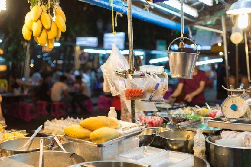 Pouličný stánok v Thajsku