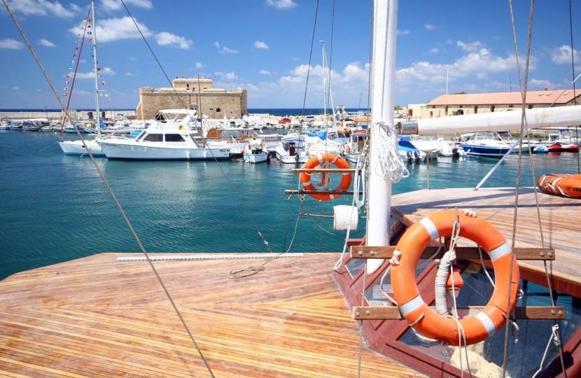 Prístav v Paphose, Cyprus