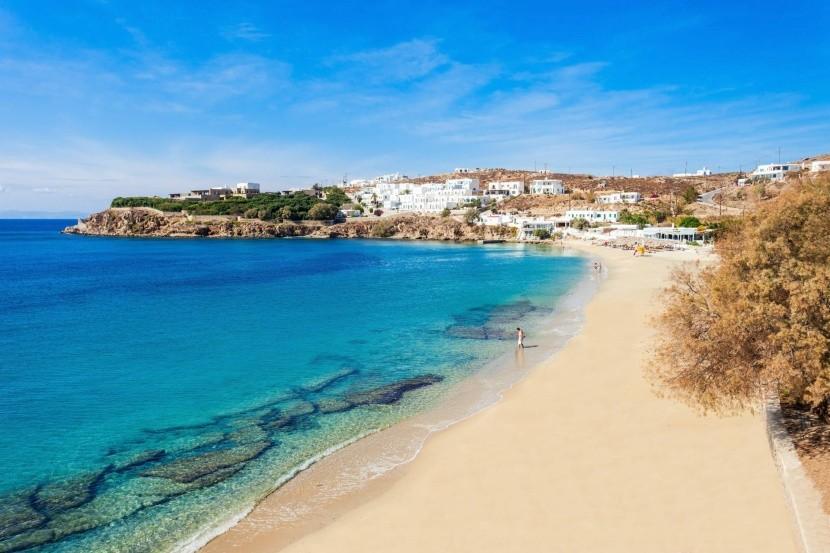 Pláž Agios Stefanos, Mykonos, Grécko