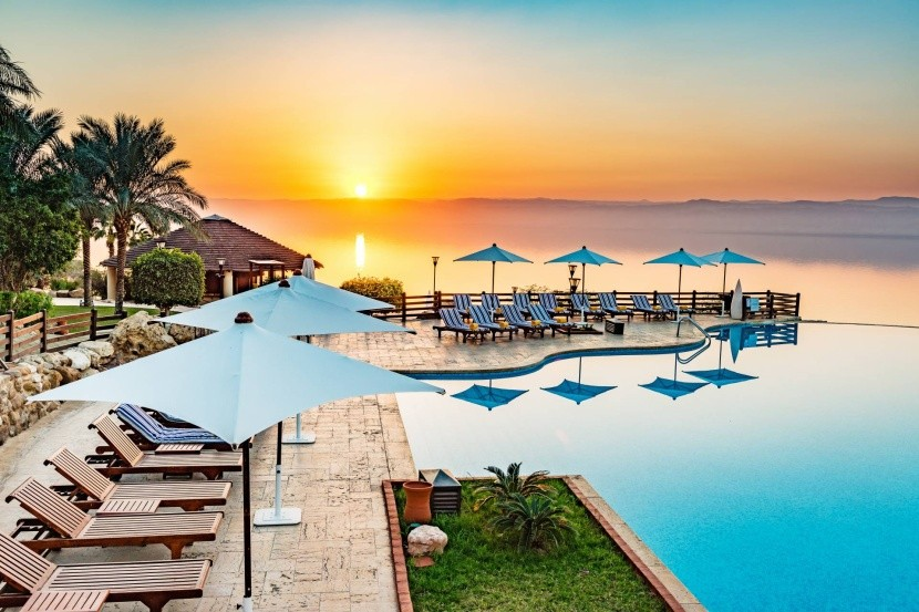 Resort na jordánskej strane Mŕtveho mora