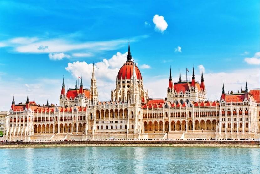 Budova parlamentu, Budapešť