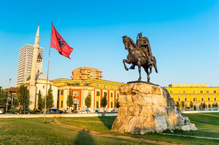 Skanderbegovo námestie, Tirana