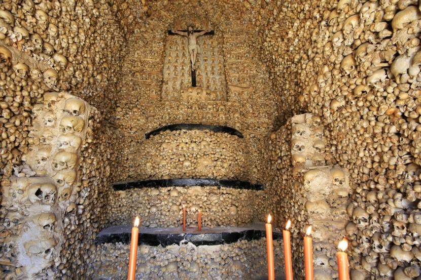 Kaplnka v Évore, Portugalsko