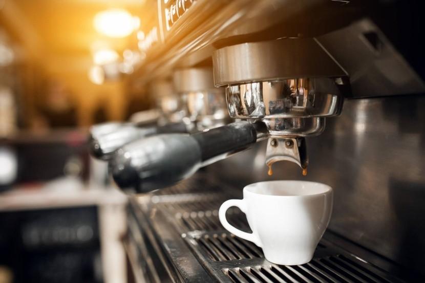 Taliani si na káve zakladajú