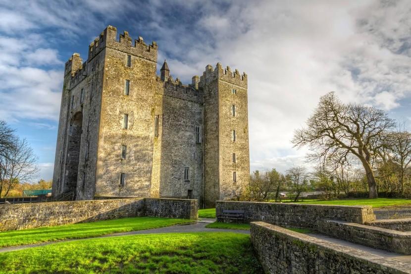 Hrad Bunratty, Írsko