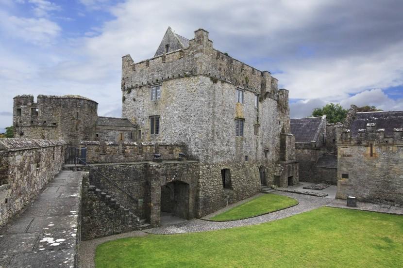 Hrad Cahir, Írsko
