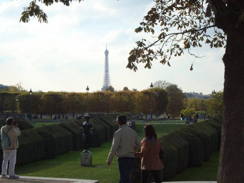 Pohľad od Louvru na Eiffelovku