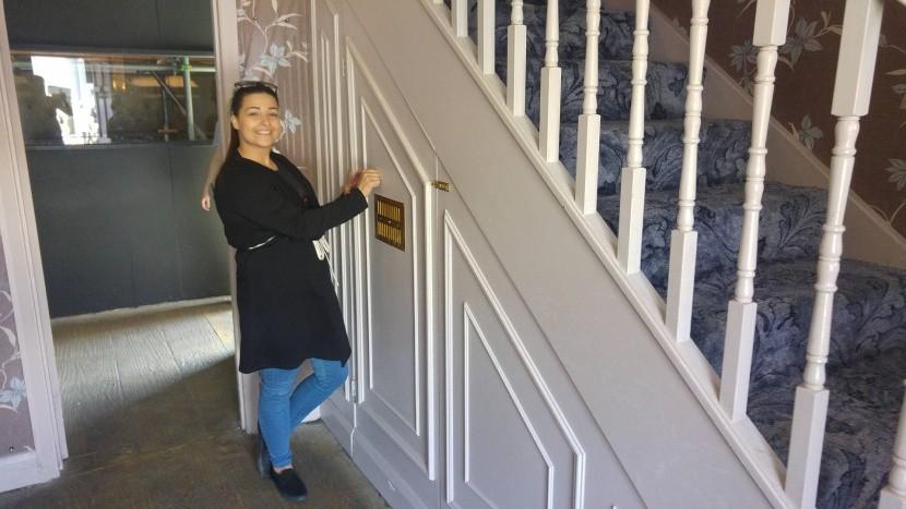 Harryho izba pod schodiskom