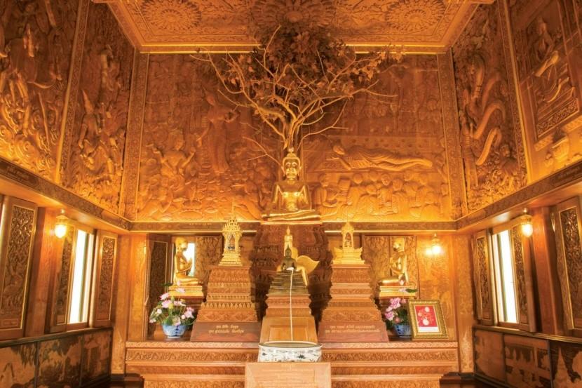 Wat Bangkhae Noi