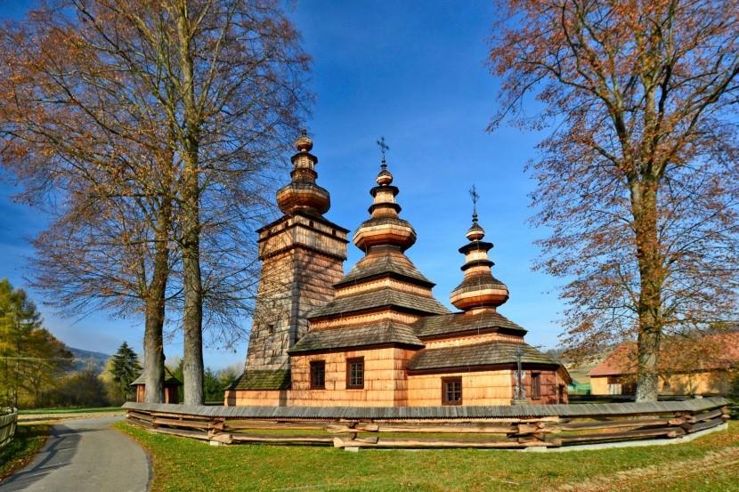 Drevený kostol v obci Kwiatoń