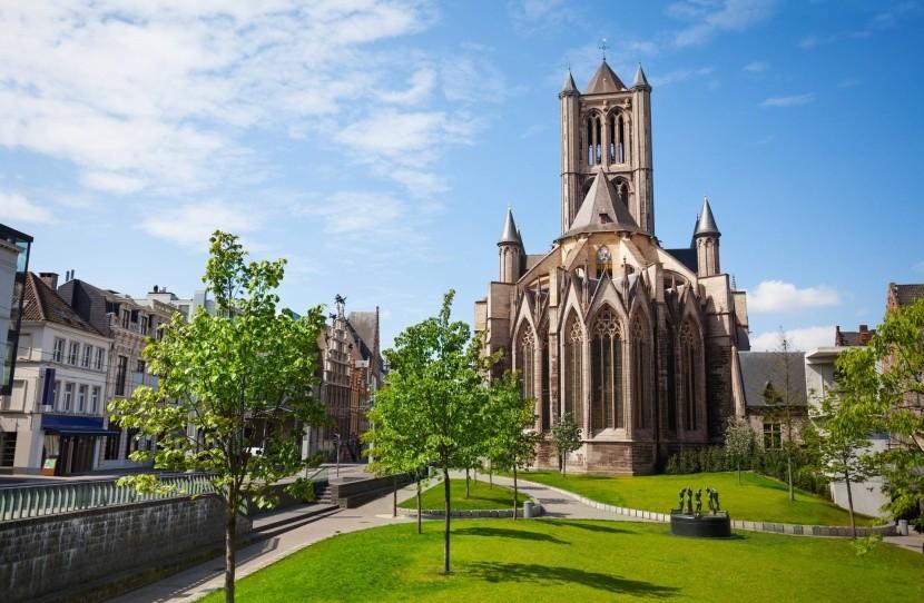 Kostol sv. Mikuláša v Gente