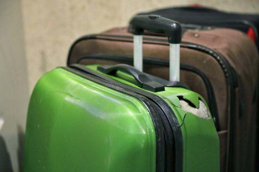 Poškodený kufor