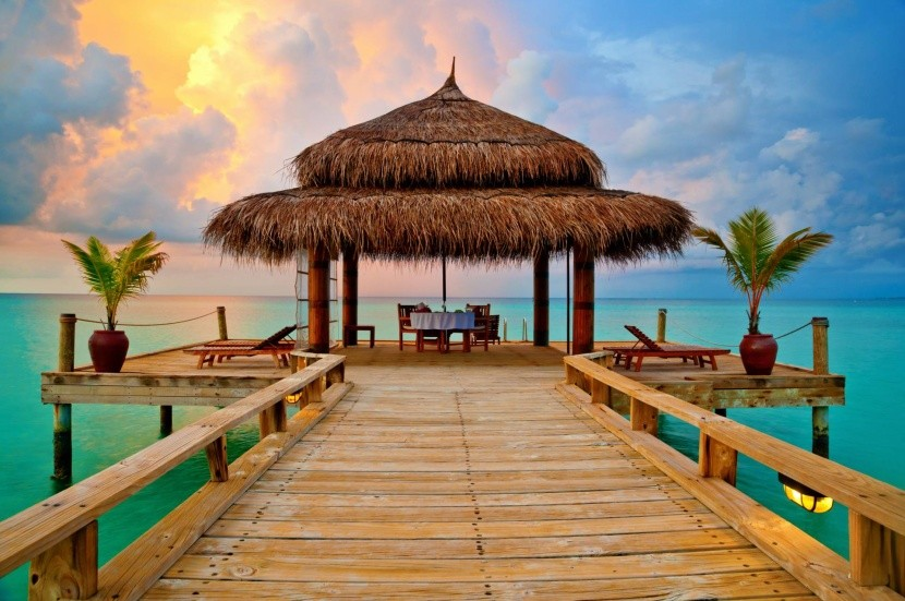 Romantická večera na Maldivách