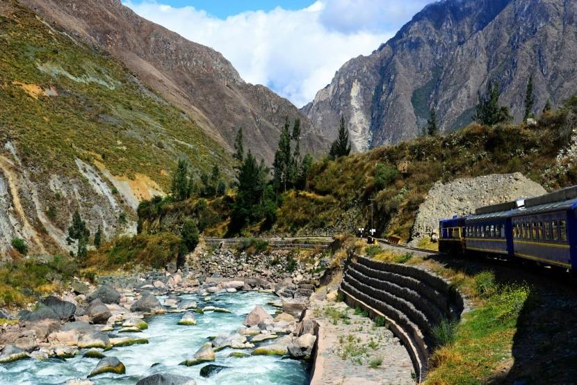Vlakom k Machu Picchu