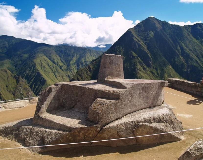 Intihuatana v Machu Picchu