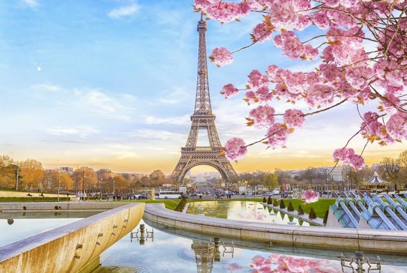 Jarný Paríž, Francúzsko