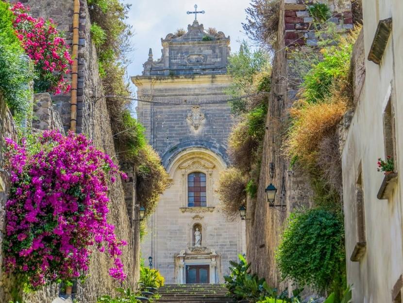 Katedrála v Lipari