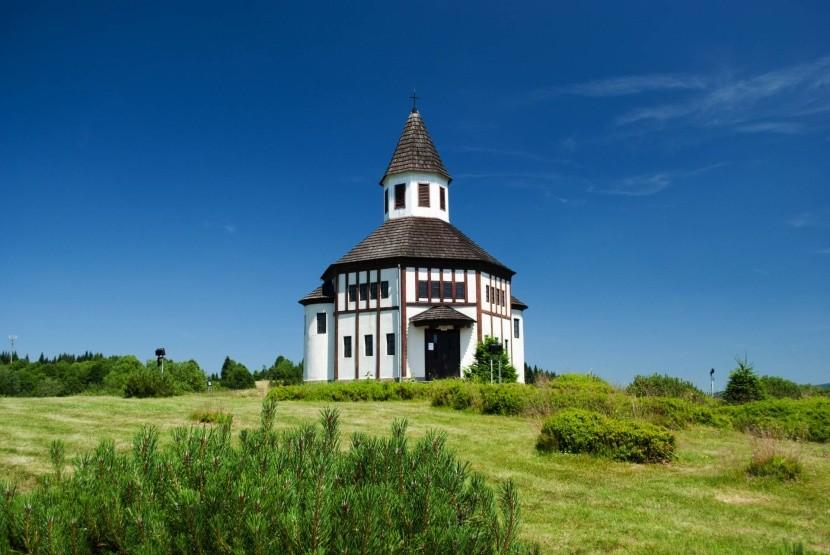 Kostol v Kořenove