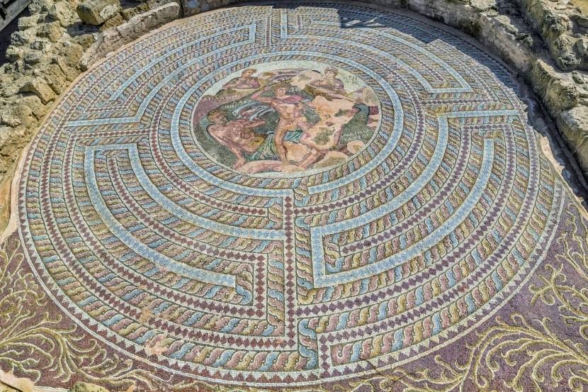 Jedna z prekrásnych mozaik v Pafose
