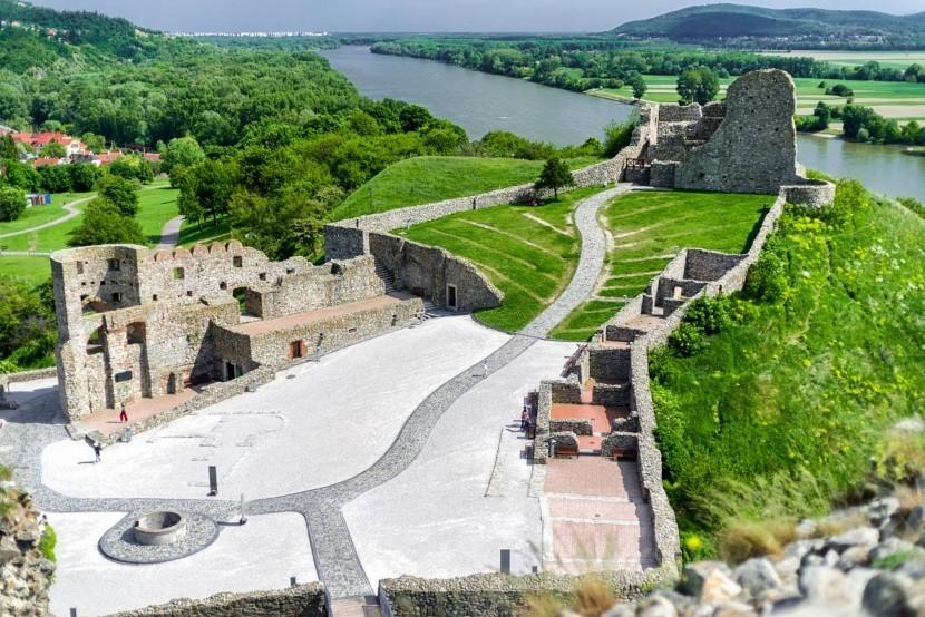 Zrúcanina hradu Devín v Bratislave