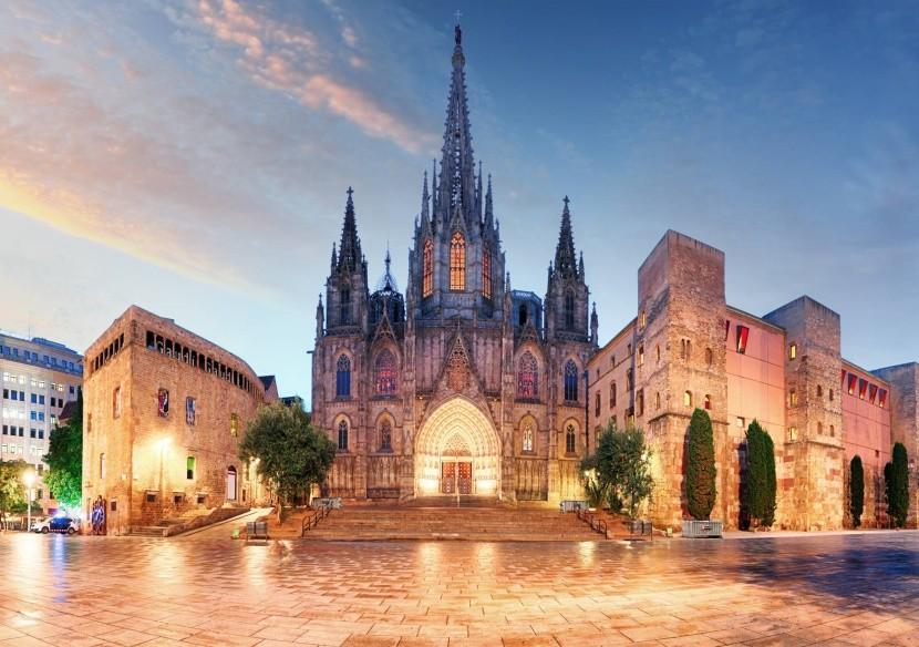 Gotická katedrála sv. Krížu a sv. Eulálie