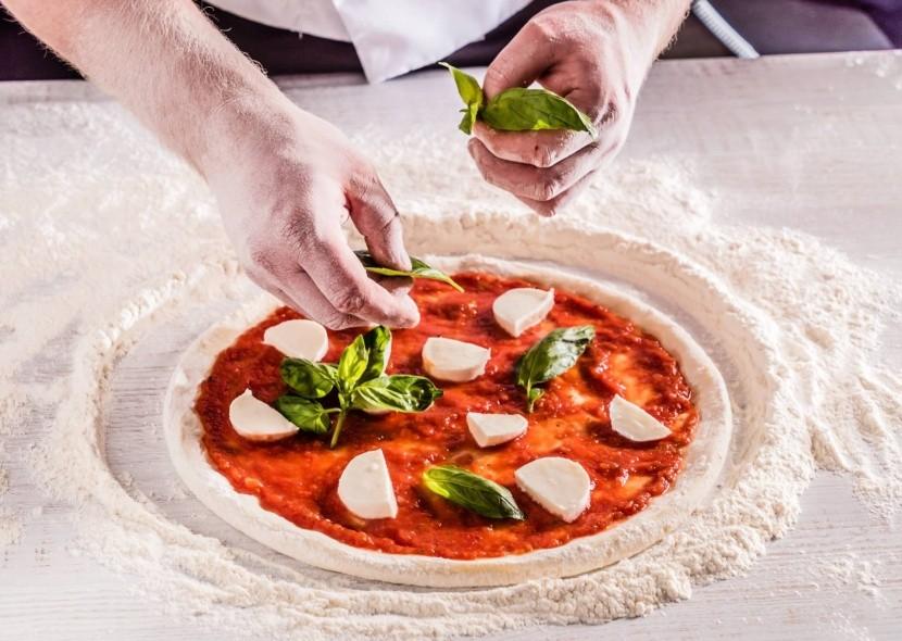 Pizza vo farbách talianskej vlajky