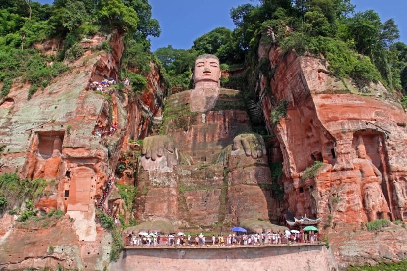 Lešanský Budha, Čína