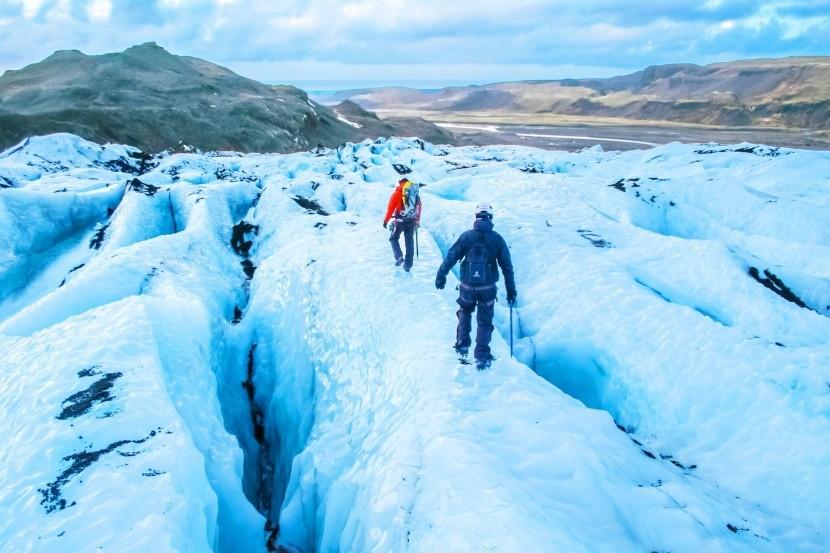 Turistika na islandskom ľadovci