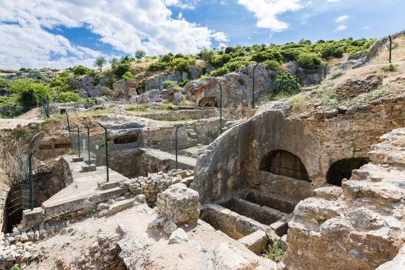 Jaskyňa sedmispáčov, Efez
