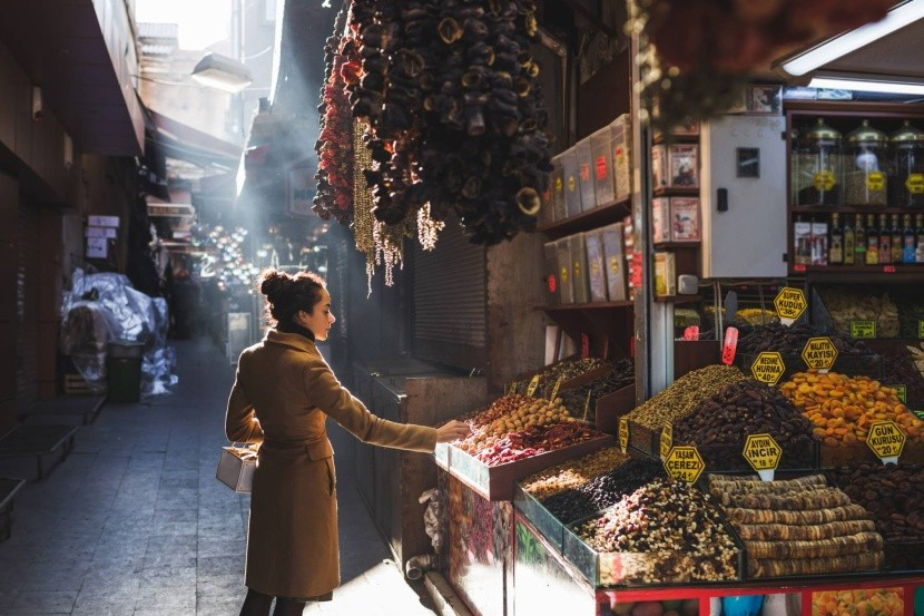 Sušené ovocie na trhu v Istanbule