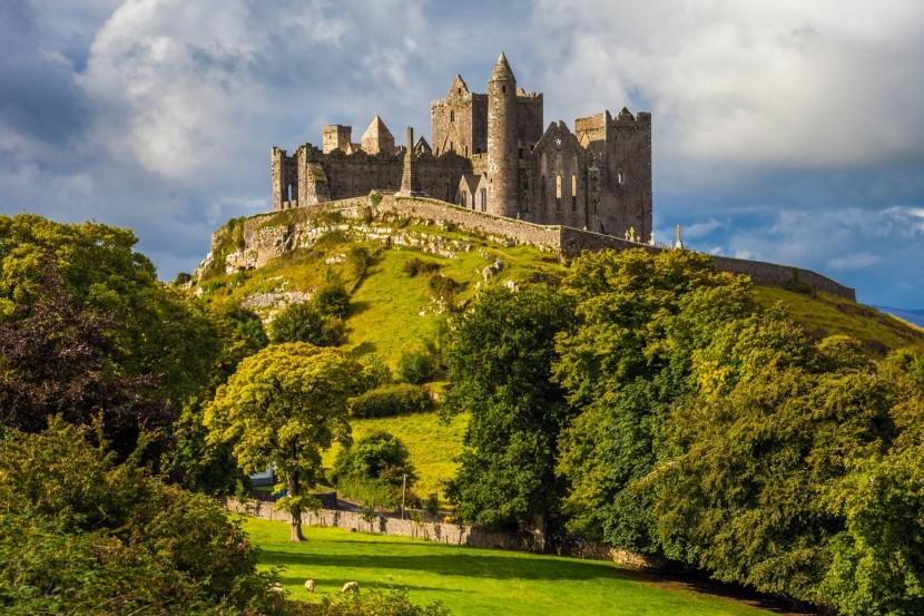 Rock Cashel, Írsko