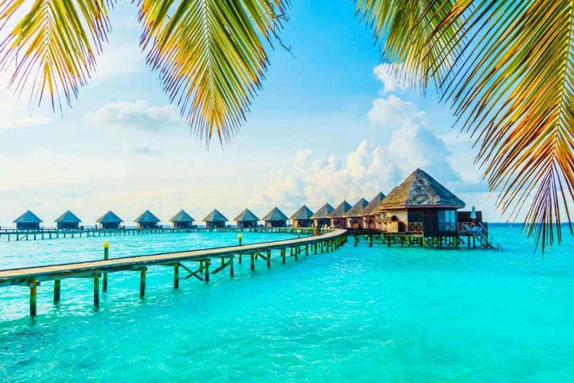 Azúrové more na Maldivách