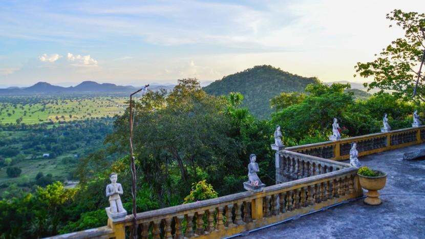 Výhľad z Phnom Sampeau