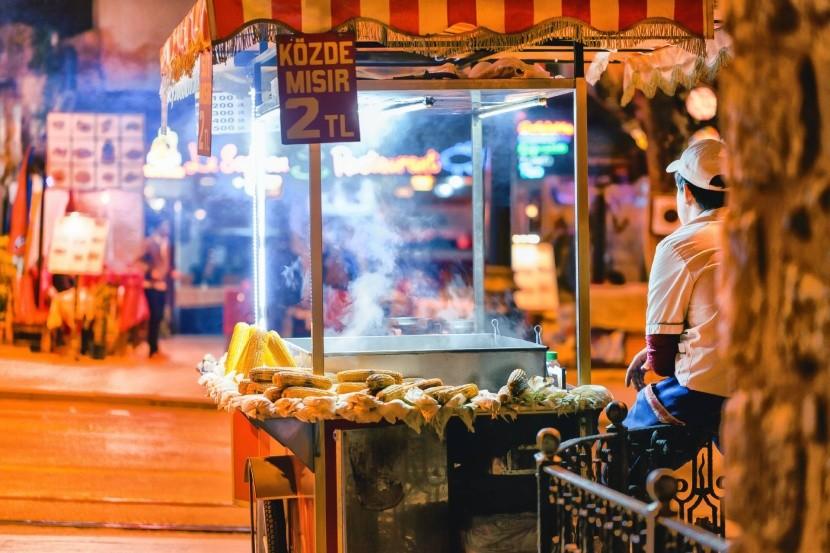 Pouličné občerstvenie v Istanbule