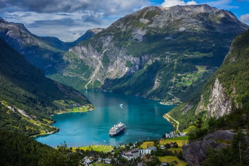 Nórske fjordy s výletnou loďou