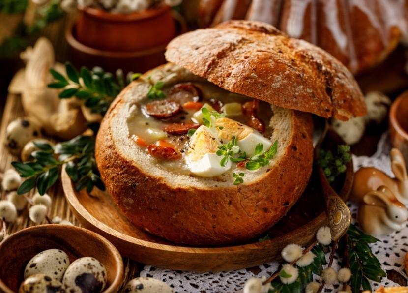 Tradičná poľská veľkonočná polievka