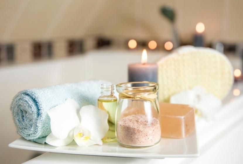 Relaxační kúpeľ s bylinnou soľou