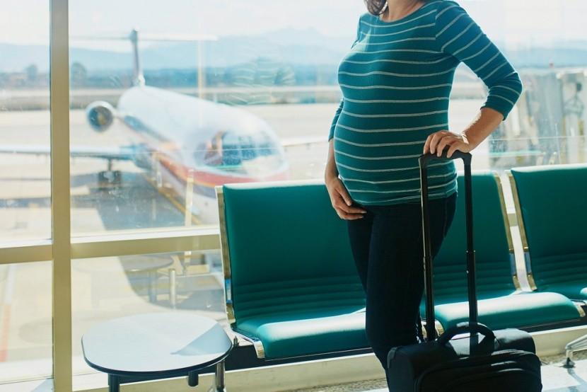 Na letisko tehuľky jedine pohodlne!