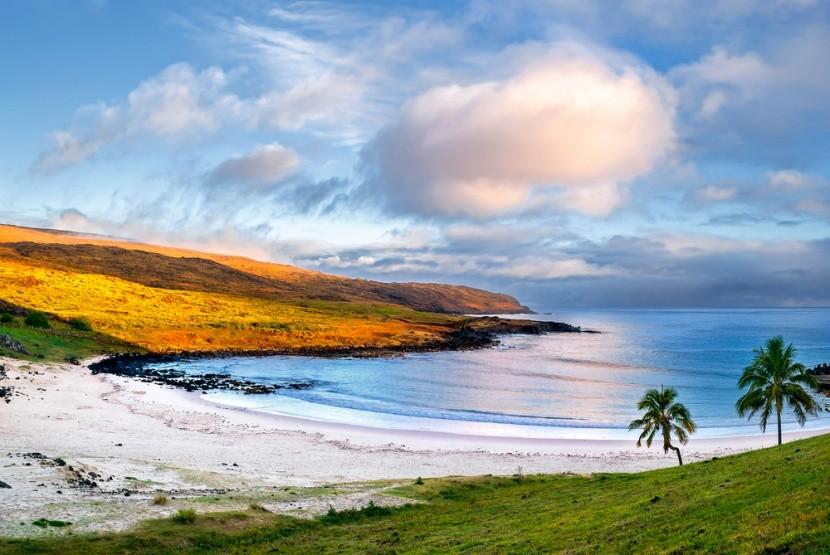 Pláž Anakena, Chile