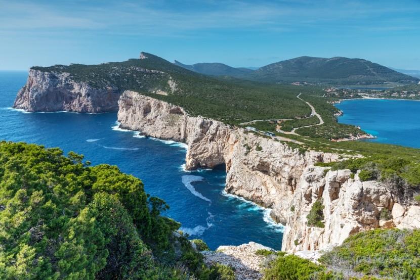 Božské útesy na Sardínií