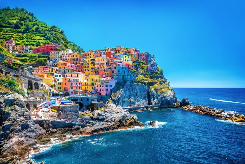 Mestečka v skalách, Cinque Terre