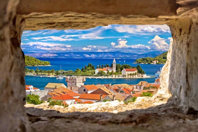 Malebný ostrov Vik, Chorvátsko