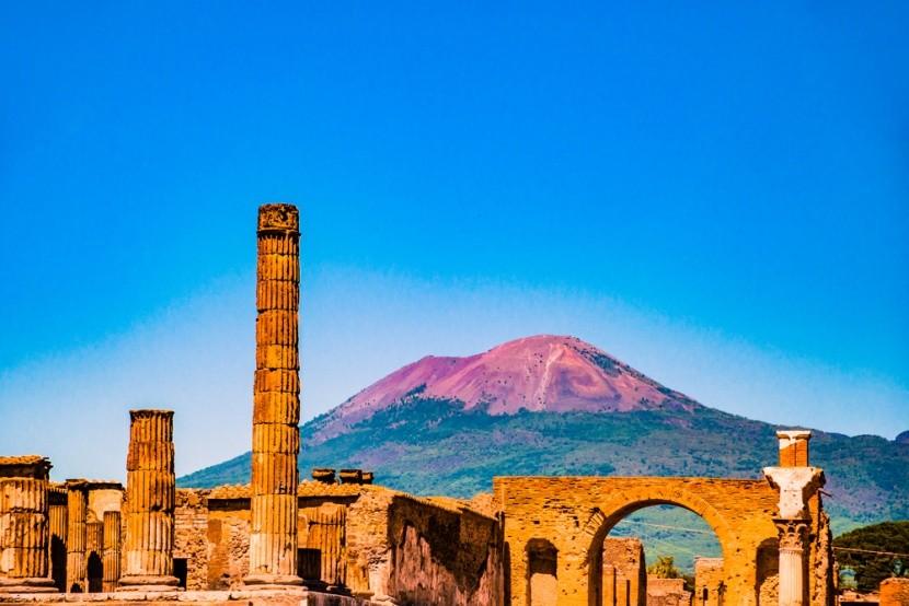 Pompeje a Vezuv v Talinasku